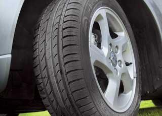 Hakka Green ориентирована наавтомобили малого исреднего классов и выпускается синдексами скорости T(до190 км/ч), H (до 210 км/ч) иV(до 240 км/ч).