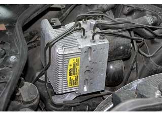 В тормозной системе версий до 2006 года нередко выходит изстроя блок SBC. Проявляется это в снижении эффективности работы тормозов.