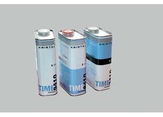 Ремонтный лак Kristal TimeClear щадит природные ресурсы: полимеризуется при 20 градусах и сохнет «на отлип» за 10 минут.