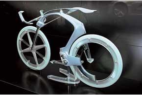 Концепт полноразмерного велосипеда с электротягой от компании Peugeot пока еще далек от серийного производства, хотя при нынешних технологиях реализовать эту идею в жизнь можно за один год.
