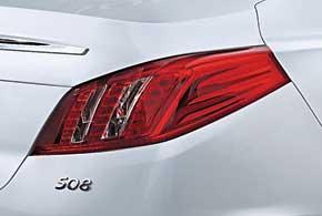 Каждый тип кузова получил свой стиль задних светоблоков.