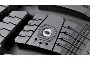 Воздушный амортизатор каждого шипа включает три профилированных канала, а сам шип располагается в строго определенном положении.