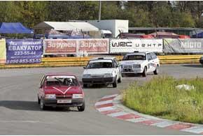 Гораздо корректней прошли заезды среди юниоров. Первым, как и в предыдущем этапе, стал Роман Водорез.