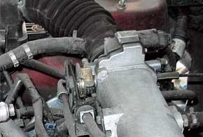 Слабое место 1,5-литровых двигателей Lanos иAveo– регулятор холостого хода, он часто засоряется.