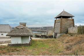 На острове Хортица действуют экспозиции времен Киевской Руси и казацкой эпохи.