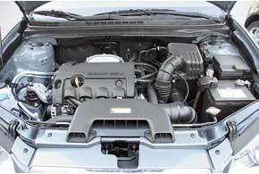 За счет активной тяги двигателя снизов Hyundai лишь немного отстает вразгоне от Fiat.