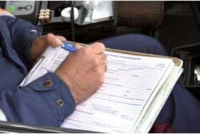 В админпротоколе гаишник должен указать признаки опьянения у остановленного им автомобилиста.