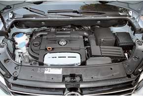 Мотор объемом всего 1,4 литра в паре с новым 7-ступенчатым «роботом» DSG сработался хорошо. Его 140л. с. незаставляют усомниться в характеристиках уровня «двухлитровиков».