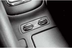 Характерная неисправность всалоне – выход из строя подогрева передних сидений, чаще водительского.