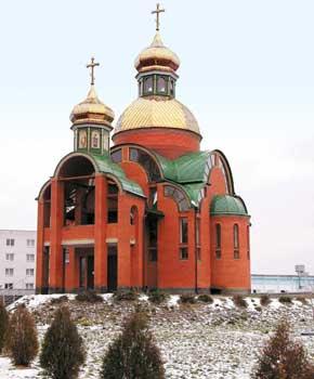 Один из новых храмов Броваров – ИоаннаБогослова.