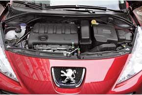 Найти полное понимание с роботизированной трансмиссией Peugeot 207 не удалось никому из тест-пилотов.