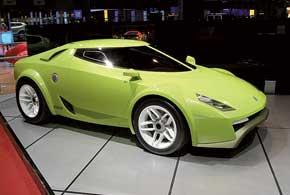 В 2005 году дизайнер Крис Храбалек представил концепт Fenomenon Stratos.