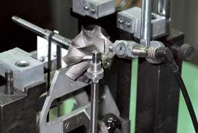 В случае поломки турбокомпрессора его можно заменить новым, реставрированным или отремонтировать свой вспециализированной мастерской.