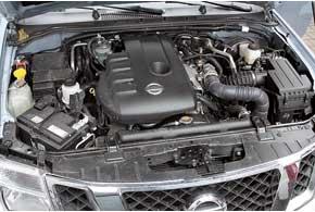 Мотор Navara нестрадает недостатком мощности и крутящего момента, тяга есть на любых оборотах. При экономичной езде вгороде можно вложиться и в 9,0 л на«сотню».