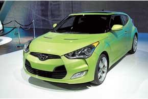 Hyundai Veloster получил асимметричный кузов– одну водительскую дверь слева и две пассажирские справа.