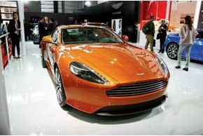 Aston Martin Virage c 6,0-литровым V12 развивает мощность 497 л. с. и разгоняется до«сотни» за 4,6 с.