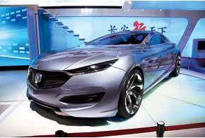 Концептуальный спортседан Chang'an Sence оборудован гибридной силовой установкой с 3,0-литровым V6.