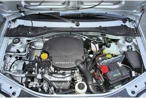 Для Renault Logan в нашей стране предлагаются три двигателя, включая дизельный. Тестируемый 1,6-литровый агрегат – самый мощный (90 л. с.). Для всех моторов предложена только 5-ступенчатая «механика». Более высокий багажник Renault Logan предоставляет на 50 литров больший объем. Вот только увеличить его нельзя.