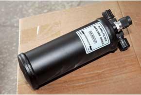 О замене фильтра-осушителя часто забывают, а он влияет на эффективность охлаждения.