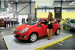 Opel Corsa дебютировал с обновленной внешностью имодернизированными силовыми агрегатами.