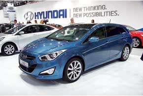 Осенью универсал Hyundai i40 дополнит версия с кузовом седан.