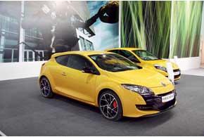 В этом году в Украине стартуют официальные продажи «заряженных» версий от Renault Sport.