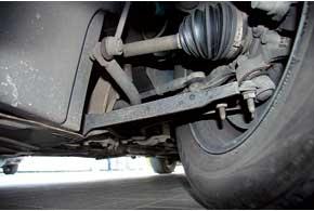 Стоимость ремонта подвески снижает отдельная замена большинства расходников. В сборе поставляются только колесные подшипники соступицами.