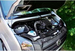 Все новые моторы нового Crafter 2,0-литровые. У163-сильного неодна, а две турбины.