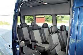 Салон автобуса, в зависимости отвыбранной версии, может вмещать до19пассажиров.