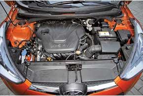 В Украине для Veloster предложен только проверенный 1,6-литровый бензиновый мотор Gamma. На тестируемой машине с ним работатет 6-ступенчатый «автомат».
