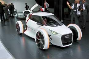 Audi Urban Concept – двухместный электромобиль, который может разогнаться до 100 км/ч и проехать на одном заряде батарей 73 км.