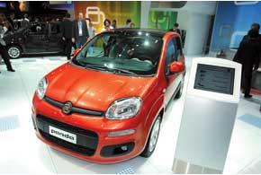 Fiat Panda будет оснащаться одним из шести очень экономичных двигателей объемом от 0,9 до 1,3 л.