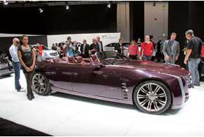 Роскошный 4-дверный 4-местный концептуальный кабриолет Cadillac Ciel длиной 5,2м оснащен 3,6-литровым V6 твин-турбо, электромотором и полноприводной трансмиссией.