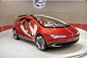 Российский ё-концепт демонстрирует потенциал нового бренда ё-АВТО, гибридные технологии, нетривиальный дизайн.