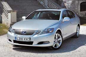 Предыдущее, третье поколение Lexus GS появилось в 2005 году,и, как прежде,  акценты были на роскоши и комфорте.