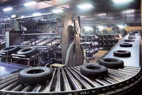 Так в 1970-м выглядел завод в городе Нокиа. Он работает и сегодня, но большую часть своей продукции компания выпускает на новом предприятии в России.