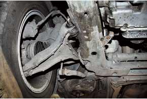 Срок службы гидравлических сайлент-блоков передних рычагов на авто до 2006 г. – всего 40–60 тыс. км.
