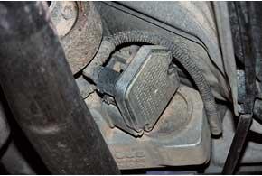 Слабое место муфты Haldex– датчики давления (из-за чего задние колеса подключаются ударно);вредких случаях выходит из строя насос.