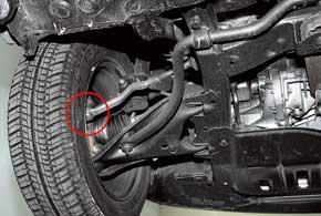 На наших дорогах наконечники рулевых тяг Logan служат недолго – 30–40тыс.км.