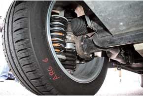 В заднем колесе один электромотор – активной подвески. В каждом колесе подвески Will использованы две  пружины .