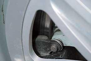 Суппорт дискового тормозного механизма Will размещен вовнутренней части тормозного диска, что позволило сделать его диаметр максимально большим.