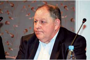 Ефим Хазан