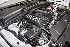 Большинство «пятерок» оснащено бензиновыми моторами, хотя при желании реально найти и дизельные версии.