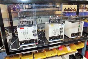 Роторный вискозиметр помогает выявить свойства при низких температурах.
