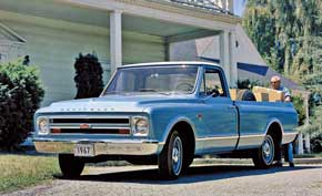 Chevrolet Pickup. Для дебютировавшего в 1967 году Chevrolet Pickup был разработан новый дизайн, определивший облик пикапов на многие годы вперед.