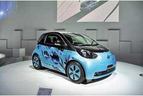Уже через год концептуальный городской электрокар Toyota FT-EV III попадет на конвеер.