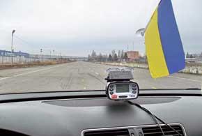 Разгонную динамику замеряли в двух диапазонах – 60–100км/ч и0–100км/ч. На газе авто «отставало» всего на 0,1 и 0,2 с.