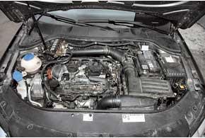 ГБО 6-го поколения: вместо газового редуктора вмоторном отсеке расположен модуль согласования, подающий к бензиновым форсункам бензин или газ.