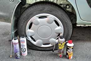 При обычном проколе колеса устранить утечку воздуха позволяют аэрозольные герметики.