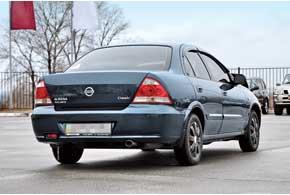 Как показал опыт эксплуатации, характерных проблем с коррозионной стойкостью кузова у Almera Classic нет.